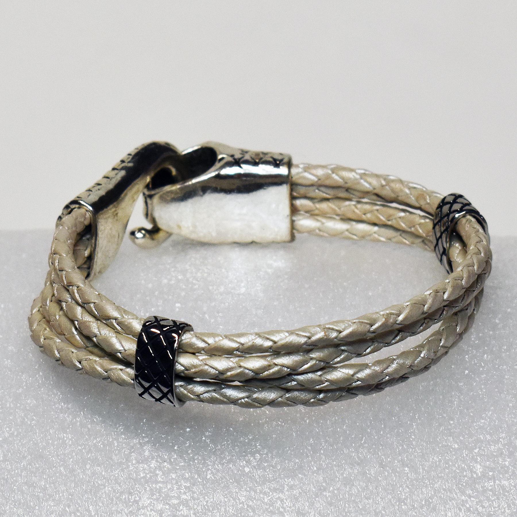 JekylsHydes_Bracelets__0015_011B